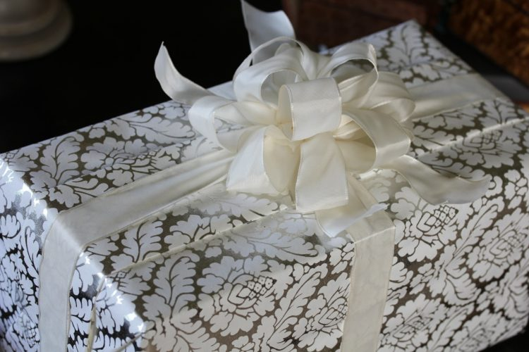 Average Monetary Gift For A Wedding: America's Table