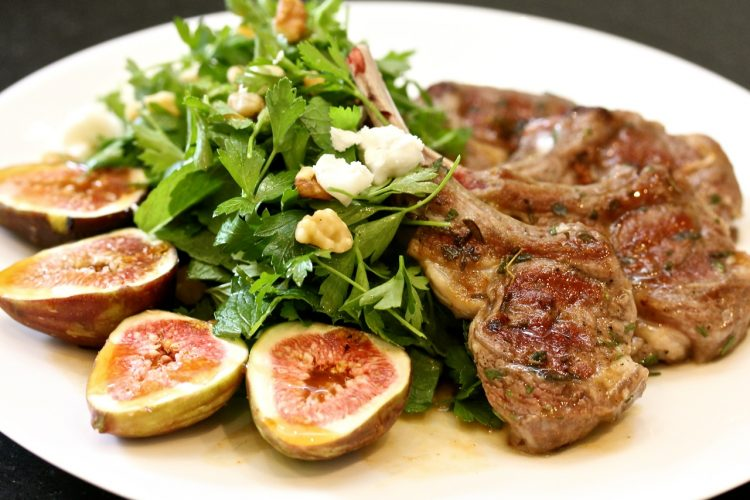 Salad with lamb and figs
