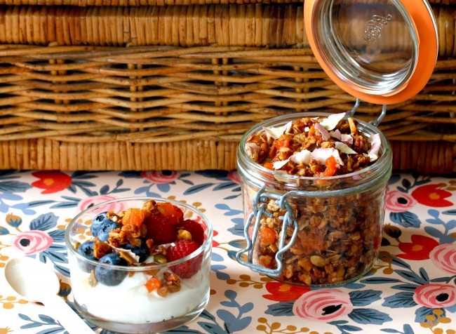 THE SEARCH FOR DELICIOUS: CINNAMON BREAKFAST QUINOA AND APRICOT ROSE GRANOLA on Americas-Table.com