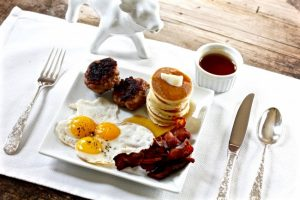 TEENY TINY BREAKFAST on Americas-Table.com