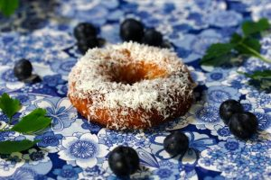 BLUEBERRY COCONUT BAKED DOUGHNUTS on Americas-Table.com