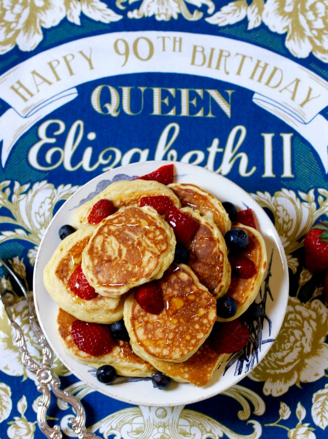 THE QUEEN'S DROP SCONES
