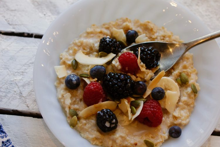 COCONUT AND FRESH FRUIT OATMEAL