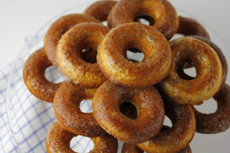 GRAPEFRUIT POPPYSEED BAKED DOUGHNUTS