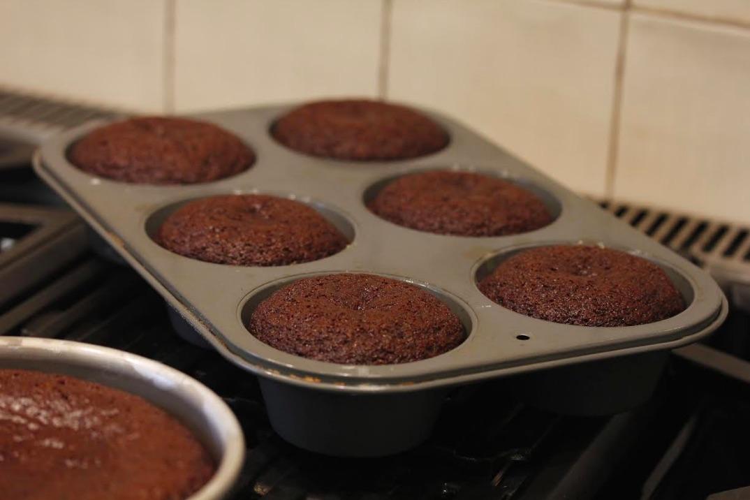 Grilled Caramel Chocolate Cupcakes