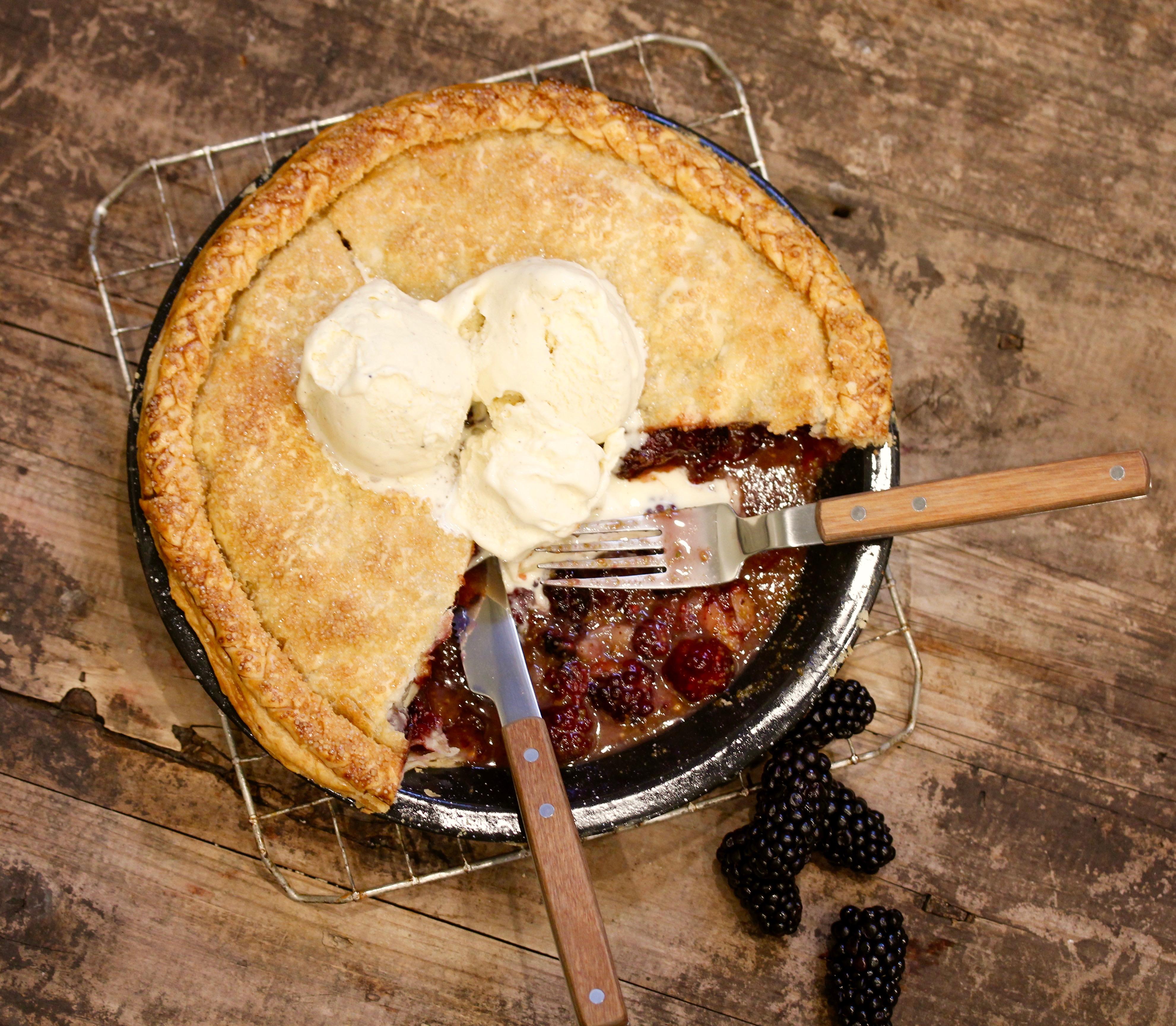 Blackberry Elderflower Pie